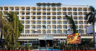Hotel Mehran holds festival: eminent guests speak of good Pakistan ties