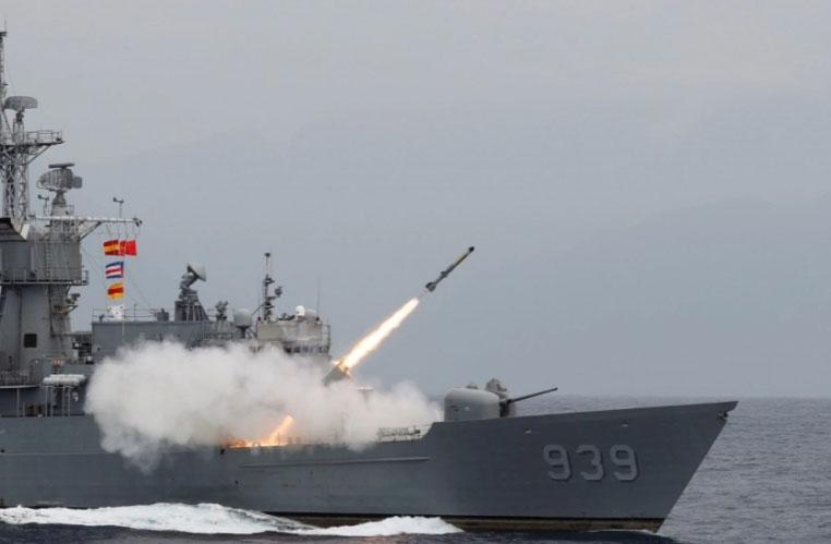 US warns China against Taiwan attack, stresses US 'ambiguity'