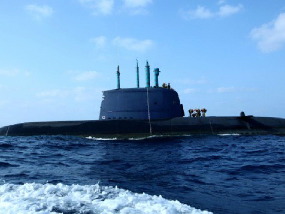 Iran warns against crossing red line amid Israeli sub deployment to Persian Gulf