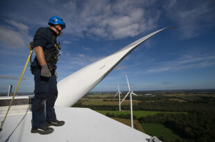 Clean energy investment could create 10 million green jobs